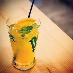 le thé glacé maison, base jasmin avec infusion de kumquat et citron avec une petite touche de miel