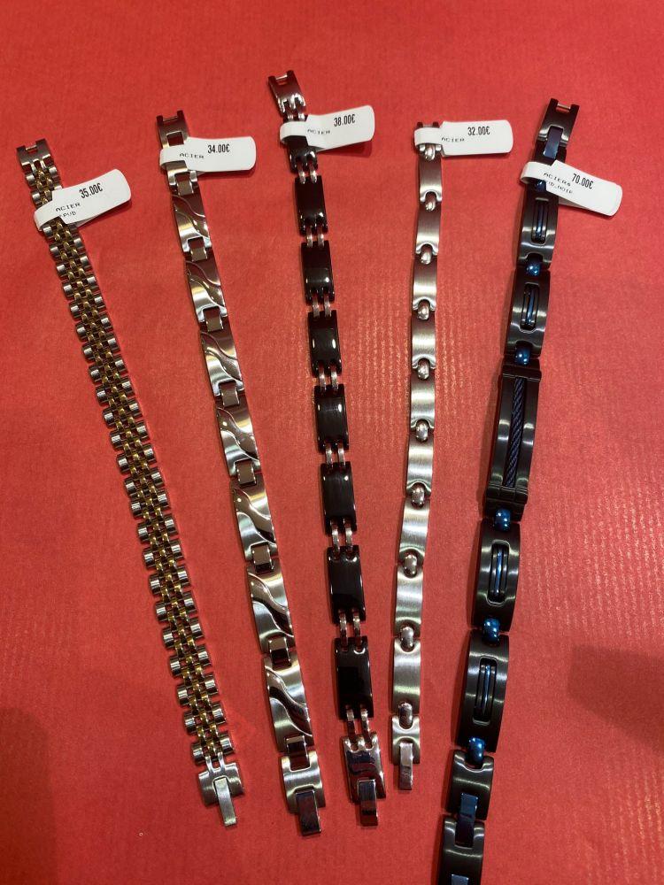 35€, 34€, 38€, 32€, 70€  (Bracelet Acier)